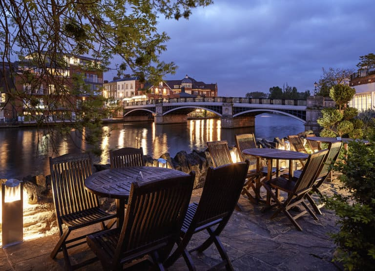 Thames View dining